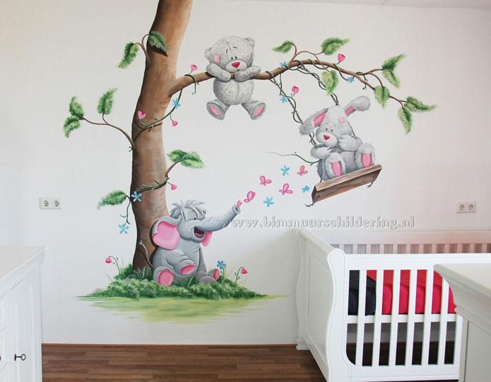 Me to you beertje met andere dieren muurschilderingen - Babyzimmer jungle ...
