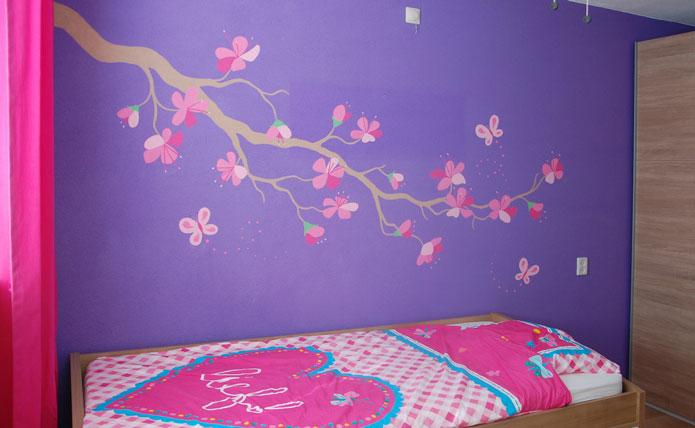 Bloesemtak in moderne stijl voor een meisje - Meisjes kamer jaar ...